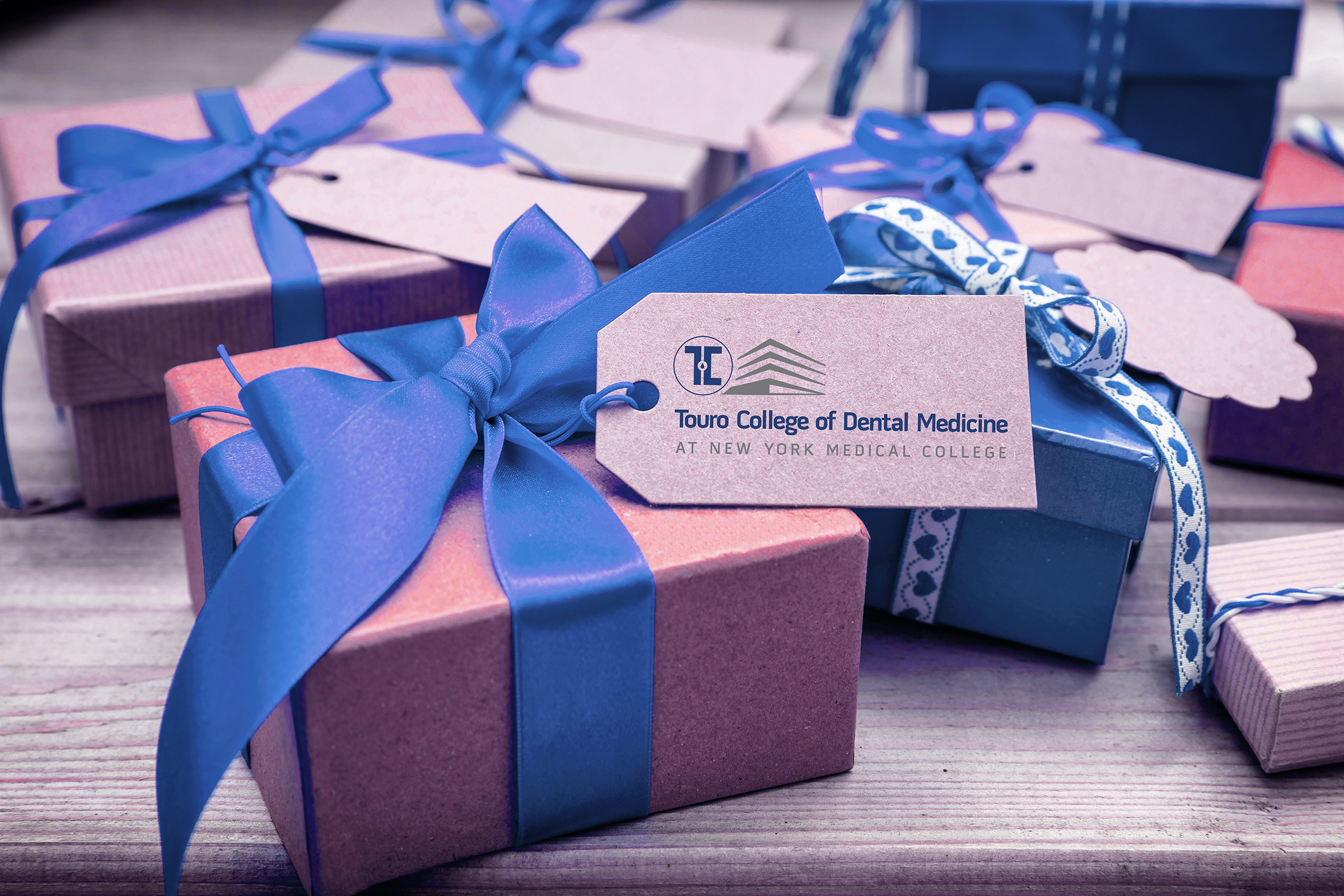 Gift box with TCDM tag