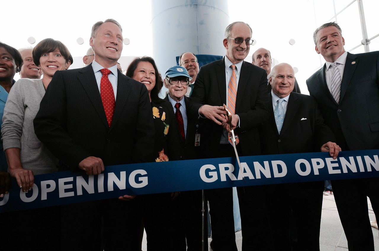 Touro College Unveils New York States First New Dental School In